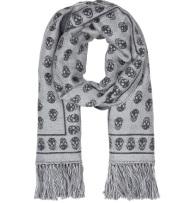 SSENSE:Alexander McQueen灰白色骷髅头羊毛流苏围巾$385(约2464元)