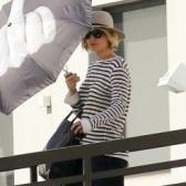 Jennifer Lawrence同款T by Alexander Wang超好穿的舒適百搭條紋T恤限時75折 $105(約672元)