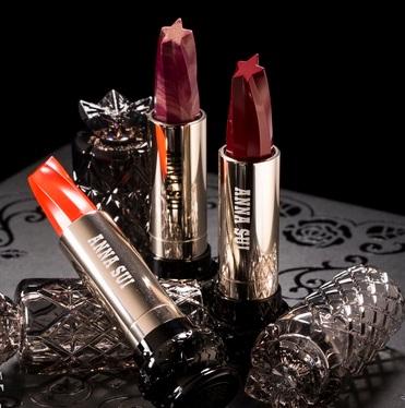 ANNA SUI 安娜蘇星星唇膏 顏色全 2700日元(約167元)