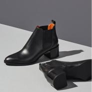 Everlane The Heel Boot 女款粗跟短靴 $235 (约1575元)
