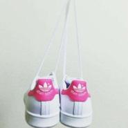 Adidas 阿迪达斯 Stan Smith J 大童款小粉尾