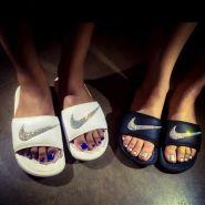 春夏必备时髦单品!Eastbay:精选 Nike 耐克 Benassi Jdi 男女时尚运动拖鞋