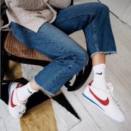"""码全+免费直邮中国!Nike 耐克 初代跑鞋""""Cortez"""" 经典红蓝白配色 女士运动鞋"""