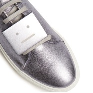 Acne Studios Adriana 女款银色囧脸鞋 $258(约1869元)