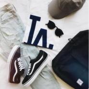 【额外7折!】Urban Outfitters US 官网:精选 Adidas、Nike 等男女服饰鞋包、家居用品 低至3折+额外7折