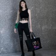 超模何穗同款 J Brand 23110 Ready Maria 黑色破洞牛仔裤 $198(约1434元)