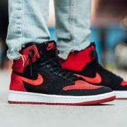变相8.5折!Nike 耐克 AIR JORDAN 1 RETRO HI FLYKNIT 复刻元年男士运动鞋 红/蓝配色