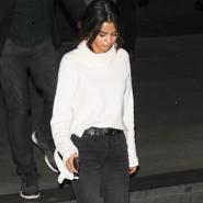 Selena Gomez 同款 Madwell 白色上衣 + Madewell 牛仔裤