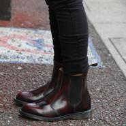 55专享~Dr. Martens Flora Chelsea Boot 酒红款切尔西简约短靴