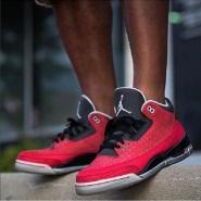 【黑色星期五】Foot Locker:精选 Adidas、Nike 等品牌运动产品