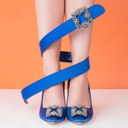 Rue La La 官网 : 精选 Manolo Blahnik、Saint Laurent、Valentino 等大牌美包美鞋