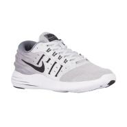 额外6呢,价钱很低了!Nike 耐克 LunarStelos 男士跑鞋
