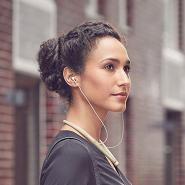 音我更出色!【法亚直邮】Sony 索尼 WI-H700 无线立体声入耳式耳机 香槟色 WI-H700N