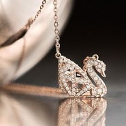 【最后1天!】Swarovski 美国官网:精选施华洛世奇项链、手链、手表等水晶首饰