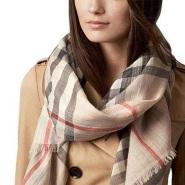 【Amazon Pay 专享】Burberry 博柏利 丝绒混纺格子围巾