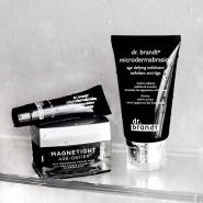 Dr Brandt Skincare:磁铁清洁面膜等堪比微整保养品牌