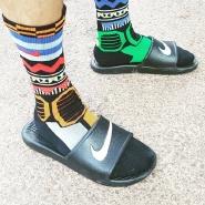 凑单包邮!Nike 耐克 Kawa Swoosh 洞洞澡堂拖鞋
