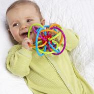 【中亚Prime会员】Manhattan Toy 曼哈顿玩具 Winkel 宝宝牙胶磨牙器手抓球玩具