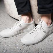 Ssense:精选 Common Projects 男女款极简运动鞋