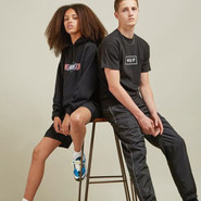 size? :精选 Nike、Adidas、Puma 等品牌 衣服、运动鞋
