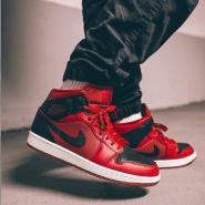 【封面款!大码福利!】乔丹 Air Jordan 1 Mid 男子篮球鞋