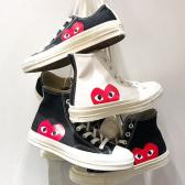男女款鞋子上架~Farfetch:Comme des Gar?ons Play 俏皮紅心男女款服飾、鞋子等熱賣