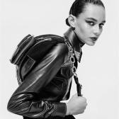 Mybag:精選 Alexander Wang 個性包包 經典黑白腰包