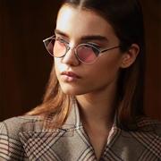 SOLSTICEsunglasses:精選 Tom Ford、Fendi 等大牌新款時尚墨鏡