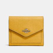新低價~Coach Small Wallet 黃色小錢包