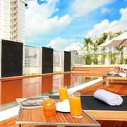 曼谷素坤逸麗筠酒店 近地鐵/四星級/室外屋頂泳池