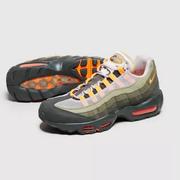 NIKE Air Max 95 粉白麂皮運動鞋