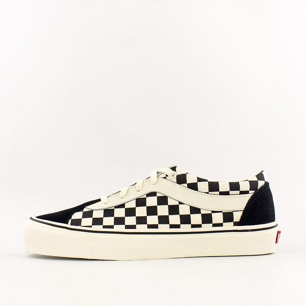 Vans 黑白棋盤格板鞋