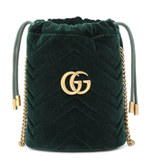 GUCCI GG Marmont 迷你綠色絲絨水桶包
