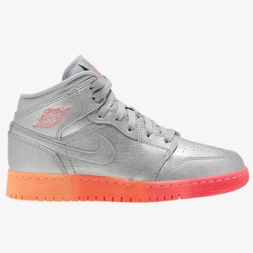 Jordan 喬丹 AJ 1 Mid 大童款籃球鞋
