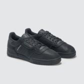 ADIDAS ORIGINALS Yeezy Powerphase 三葉草黑色運動鞋