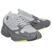 Adidas 阿迪達斯 Falcon 灰色運動鞋