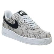 Nike Air Force 1 07 蛇皮紋理黑色 swoosh 運動鞋