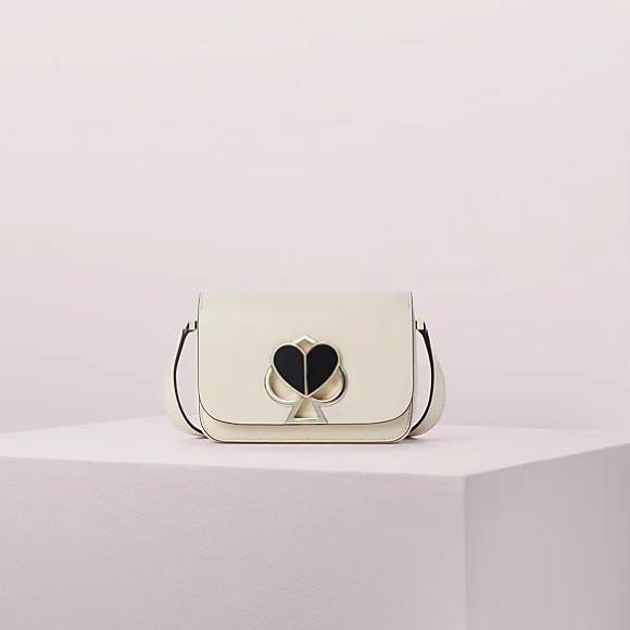 Kate Spade UK:精選 時尚服飾鞋包
