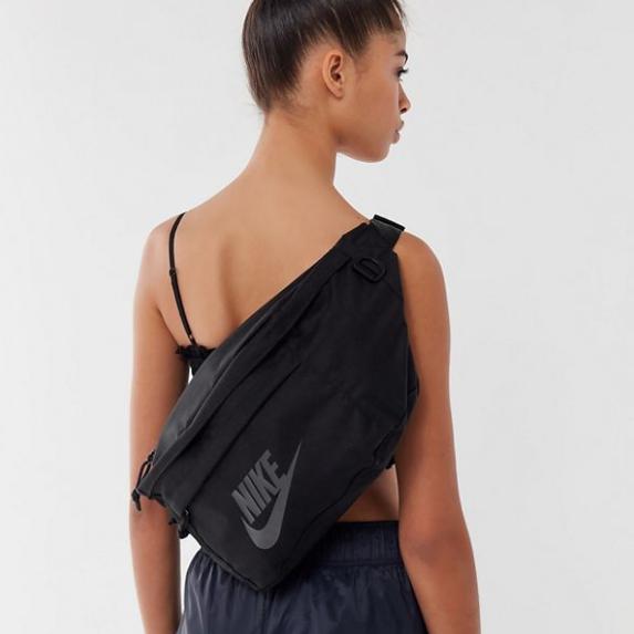 補貨!Nike 耐克 Tech Sling Bag 單肩背包