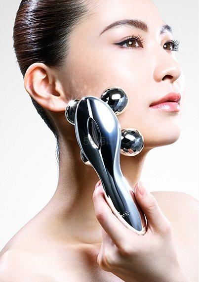 林心如同款:Refa 4 carat 四轮铂金微电流美容仪 31104日元(约1866元)