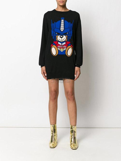 刘雯同款!MOSCHINO embroidered bear sweater 刺绣熊图案上衣 $695(约4986元)