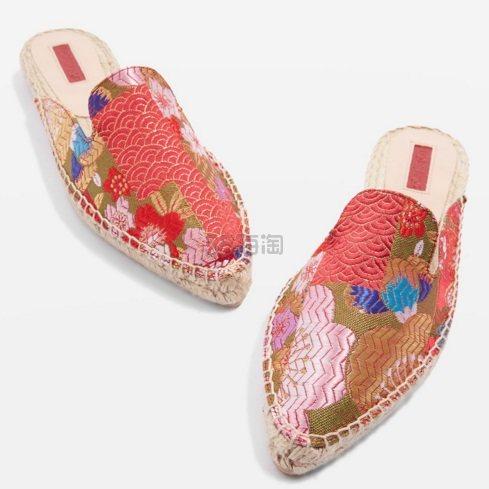 【复古和小清新的碰撞!】Topshop 宫廷刺绣风尖头穆勒鞋 £45(约393元)