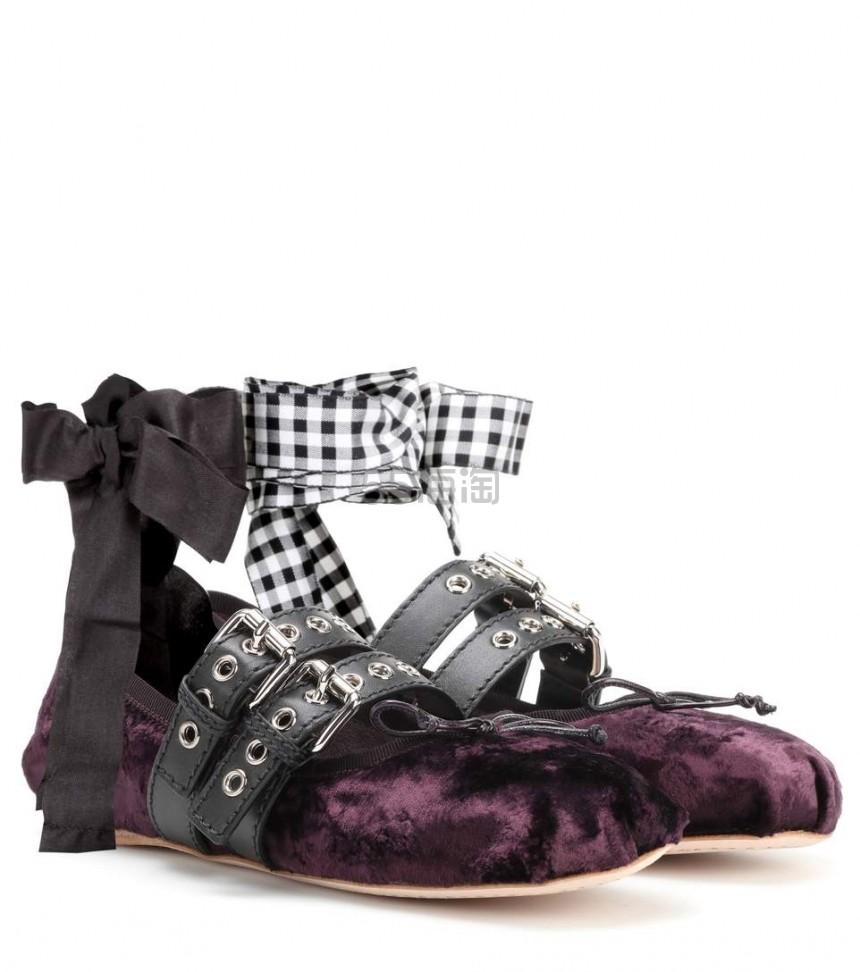 博主最爱~ Miu Miu 天鹅绒系带芭蕾舞鞋