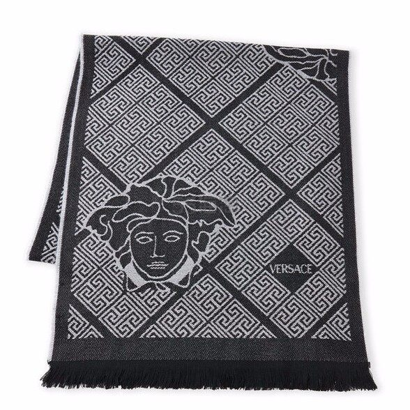 VERSACE Greek Key Wool Scarf 羊毛围巾 两色可选