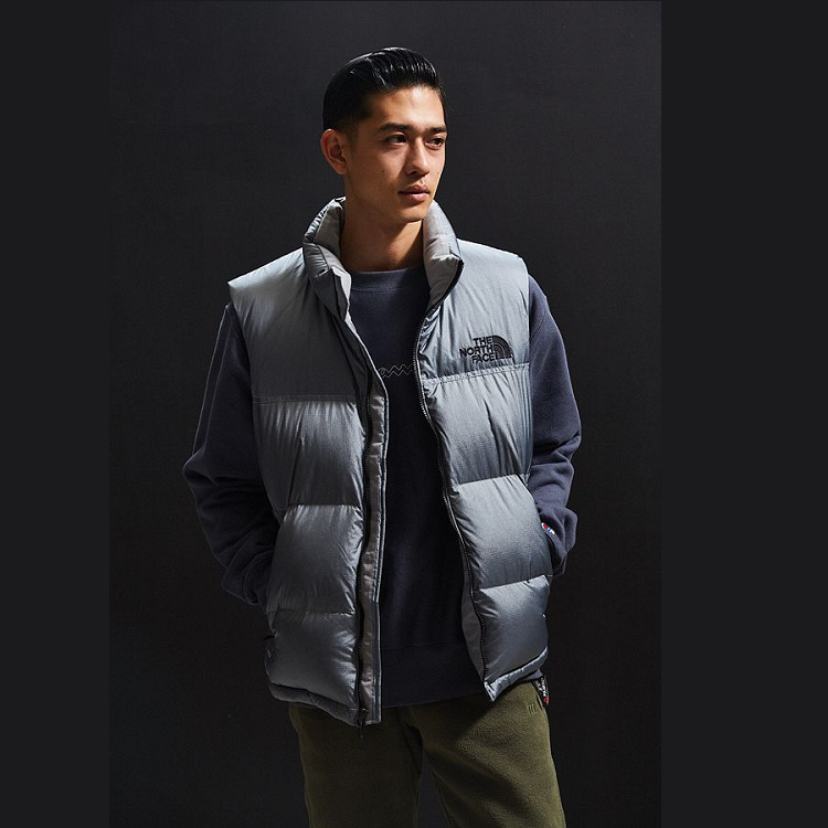 码全!The North Face X UO Nuptse 合作款 男士羽绒背心
