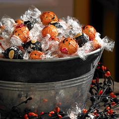【5折】万圣节特别款!Lindt 瑞士莲 Lindor 松露软心巧克力 75颗