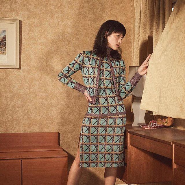 Alexa Chung 复古格纹拼接半高领毛衫 9(约870元) - 海淘优惠海淘折扣|55海淘网