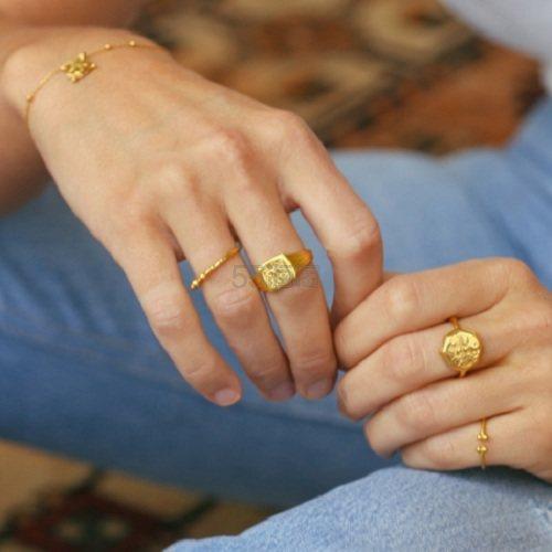 Lucy Williams x Missoma 18ct 镀金复古浮雕硬币戒指 £68(约600元) - 海淘优惠海淘折扣|55海淘网