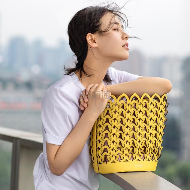 【马思纯同款】Kate Spade Dorie 中号水桶包 1(约1,769元) - 海淘优惠海淘折扣|55海淘网