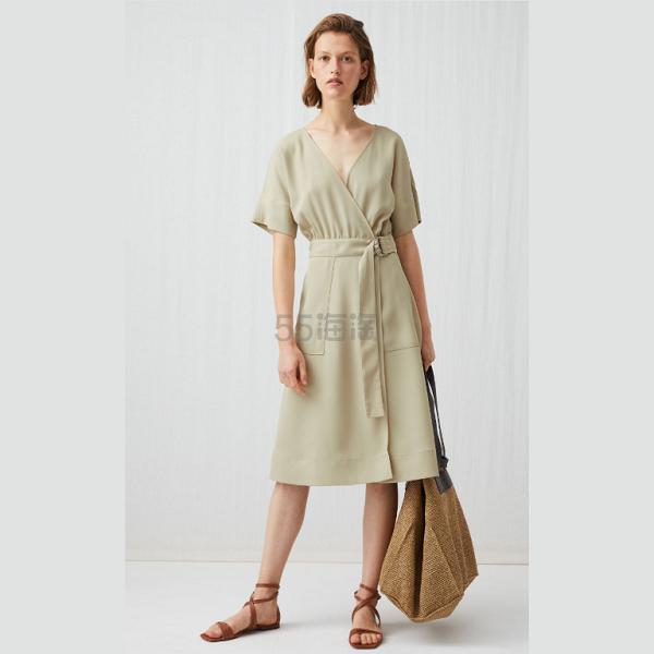 ARKET 浅米色收腰连衣裙 £36(约315元) - 海淘优惠海淘折扣|55海淘网